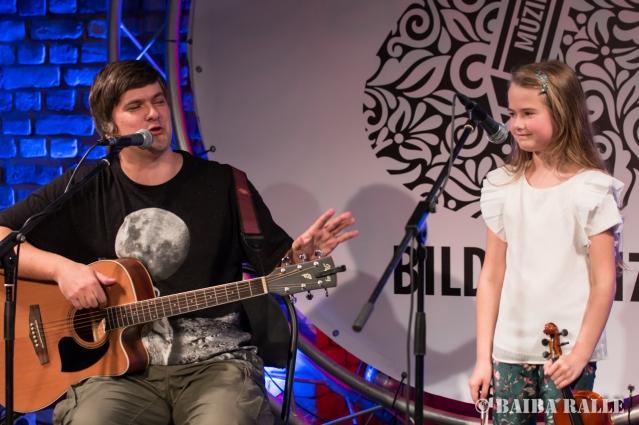 """BILDES 2017 Koncerts """"Ielūdz Bilžu mūziķi un viņu bērni"""", uzstājas Mārtiņš un Helma Elvīra Križevici."""