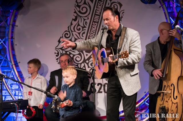 """BILDES 2017 Koncerts """"Ielūdz Bilžu mūziķi un viņu bērni"""", uzstājas Orubi un kompānija (Žilinski, Pētersoni, Priekuļi)."""